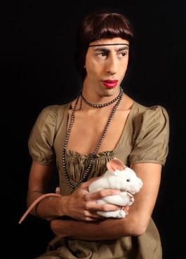 2Fik - Manon au rat blanc